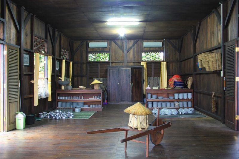 Ruang dapur Adat Bangka