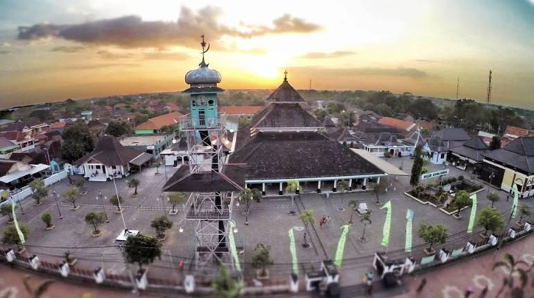 Masuknya Agama dan Kebudayaan Islam di Indonesia