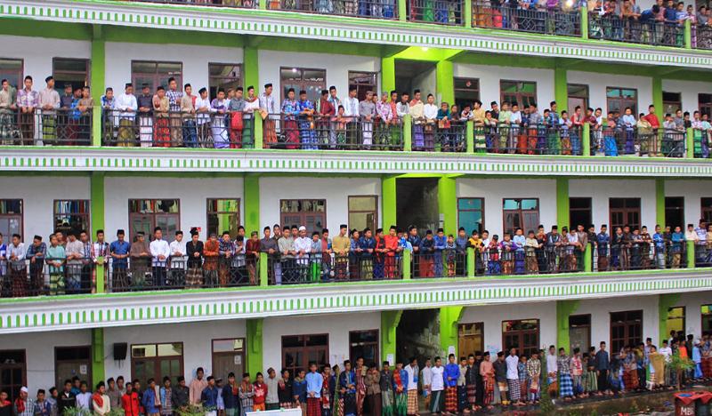 Pesantren di indonesia