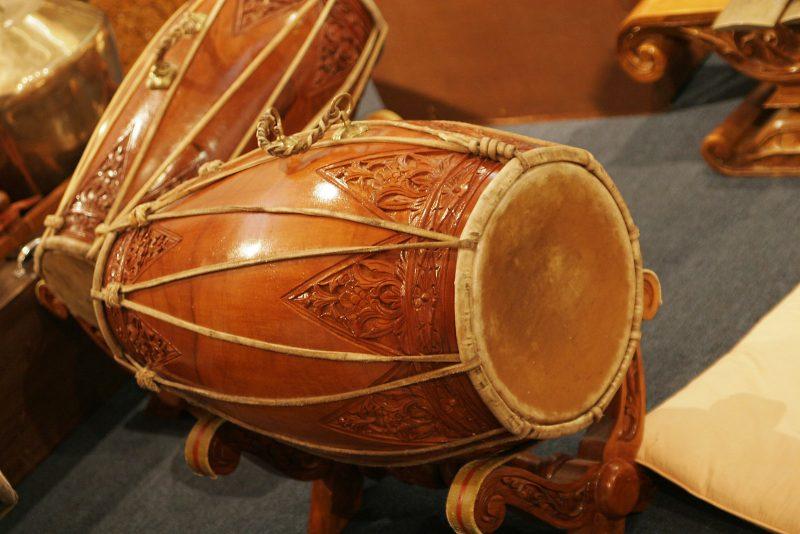 Kendang alat musik Banten