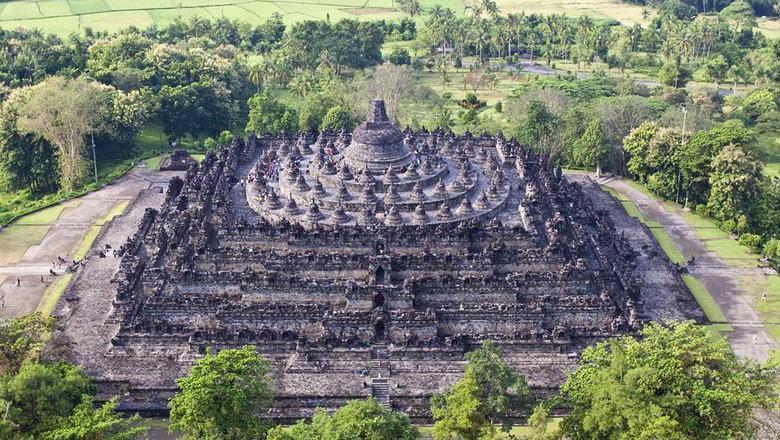 Candi Borobudur perkembangan seni budaya nusantara