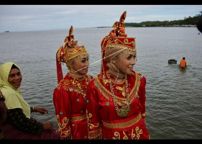 Pakaian Adat Suku Muna