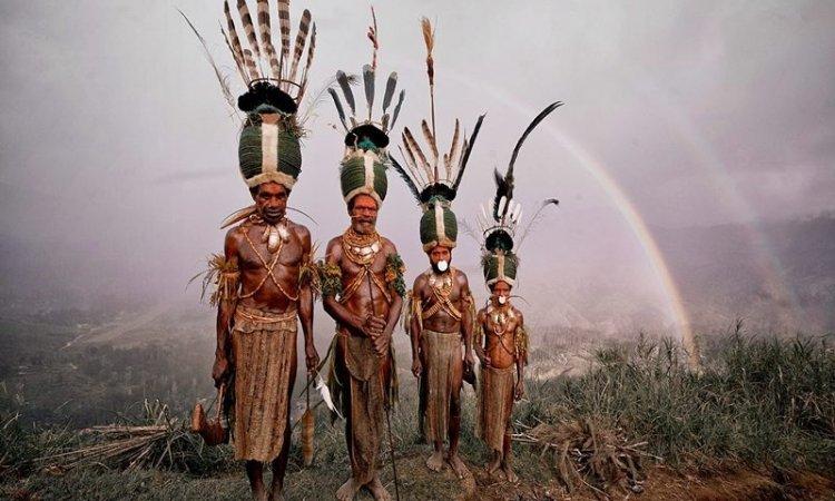 Pakaian Kebudayaan Papua Barat