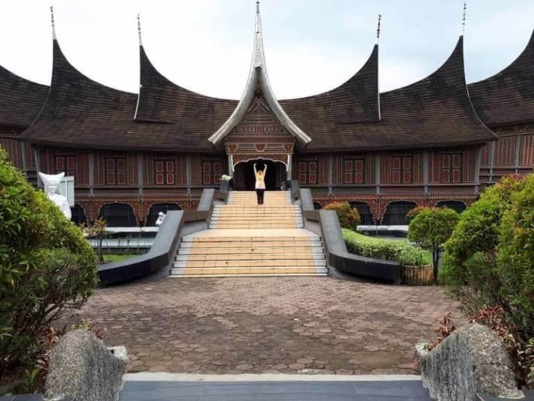 Rumah Gadang Batingkek kebudayaan sumatera barat