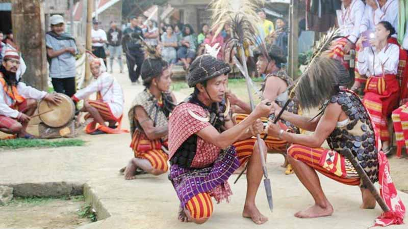 Tarian Sulawesi Barat